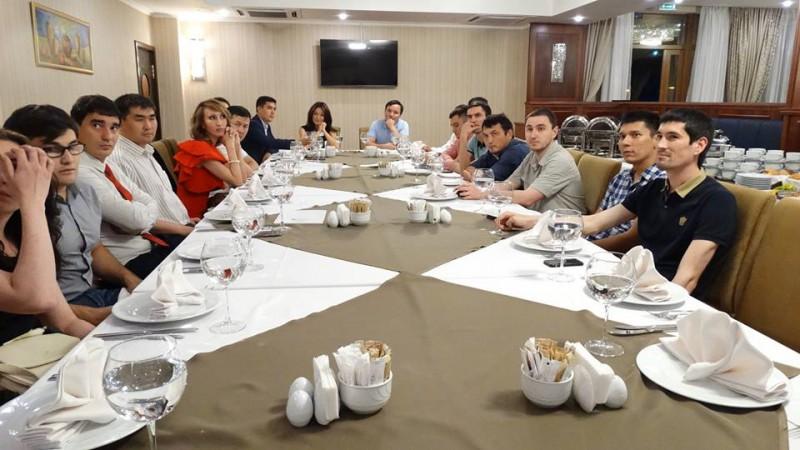 Члены Башкирской ОПОРЫ и АБА встретились на деловом ужине.